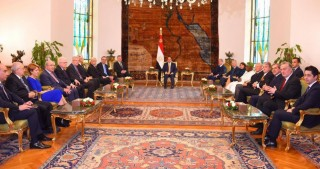 Egyptian President receives Nizami Ganjavi International Center award