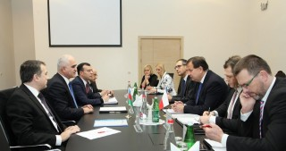 'Czech companies are keen to operate in Azerbaijan's non-oil sector'