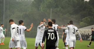 Neftchi Baku draw 2-2 with Russian Tosno