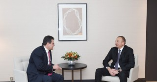 President Ilham Aliyev met with European Commission Vice-President for Energy Union in Davos