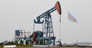 Azeri Light oil price increases on world markets