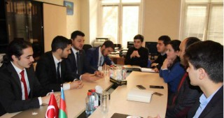 Azerbaijani, Turkish students mull development of cooperation