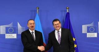 President Ilham Aliyev met with European Commission Vice-President for Energy Union