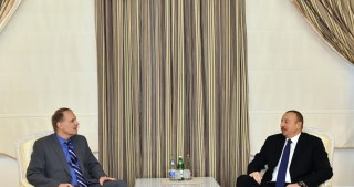 President Ilham Aliyev receives rapporteur of PACE Committee on Legal Affairs and Human Rights on Azerbaijan