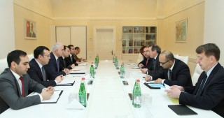 Azerbaijan`s Minister of Economy meets World Bank Vice President