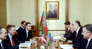Azerbaijan, Latvia sign agreement on visa exemption for holders of service passports