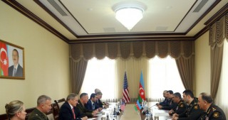 Azerbaijan, US discuss military cooperation