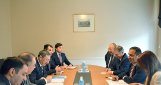 Azerbaijani, Palestinian foreign ministries hold political consultations