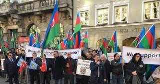 Azerbaijanis hold protest rally on 25th anniversary of Khojaly genocide in Munich