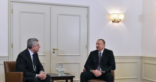 President Ilham Aliyev met with Chief Executive Officer of Leonardo company