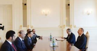 President Ilham Aliyev received delegation led by Qatar's Education and Higher Education Minister