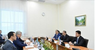 Kazakh and Azeri parliamentary delegations discuss prospects of cooperation