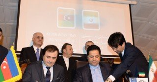 Azerbaijan, Iran sign two MoUs