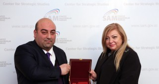 "Aurelia Grigoriu awarded ""Friend of Azerbaijan"" Order"