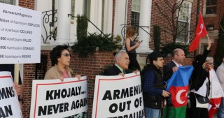 U.S. Azeris Network organizes protest rally outside Armenian Embassy in Washington