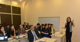 Workshop on marketing and sales held for Aztelekom employees
