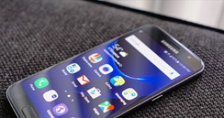 Samsung Galaxy S7 Update Changing Default Resolution To FHD Instead Of QHD