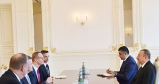 President Ilham Aliyev receives CISCO Senior Vice President