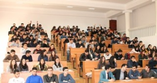 A meeting with students wishing to build a career in the field of information technologies was held