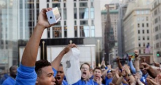 Apple Tops Holiday Sales With 44% of All New Device Activations