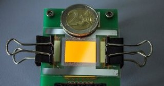 First transparent OLED display with graphene electrodes created