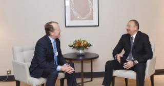 President Ilham Aliyev met with Executive Chairman of CISCO in Davos