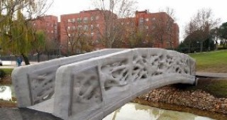 Pedestrian Bridge in Spain Built Entirely with 3D Printing