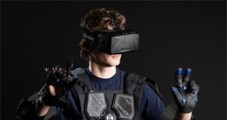 Hardlight VR suits let users feel every punch, gunshots while playing