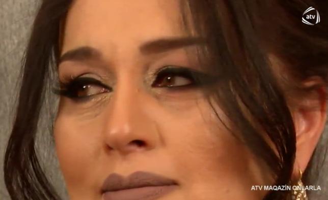 """Elza Seyidcahan efirdə hönkür-hönkür ağladı - """"Atam bizi tərk etdi, indi məni görürsə..."""""""