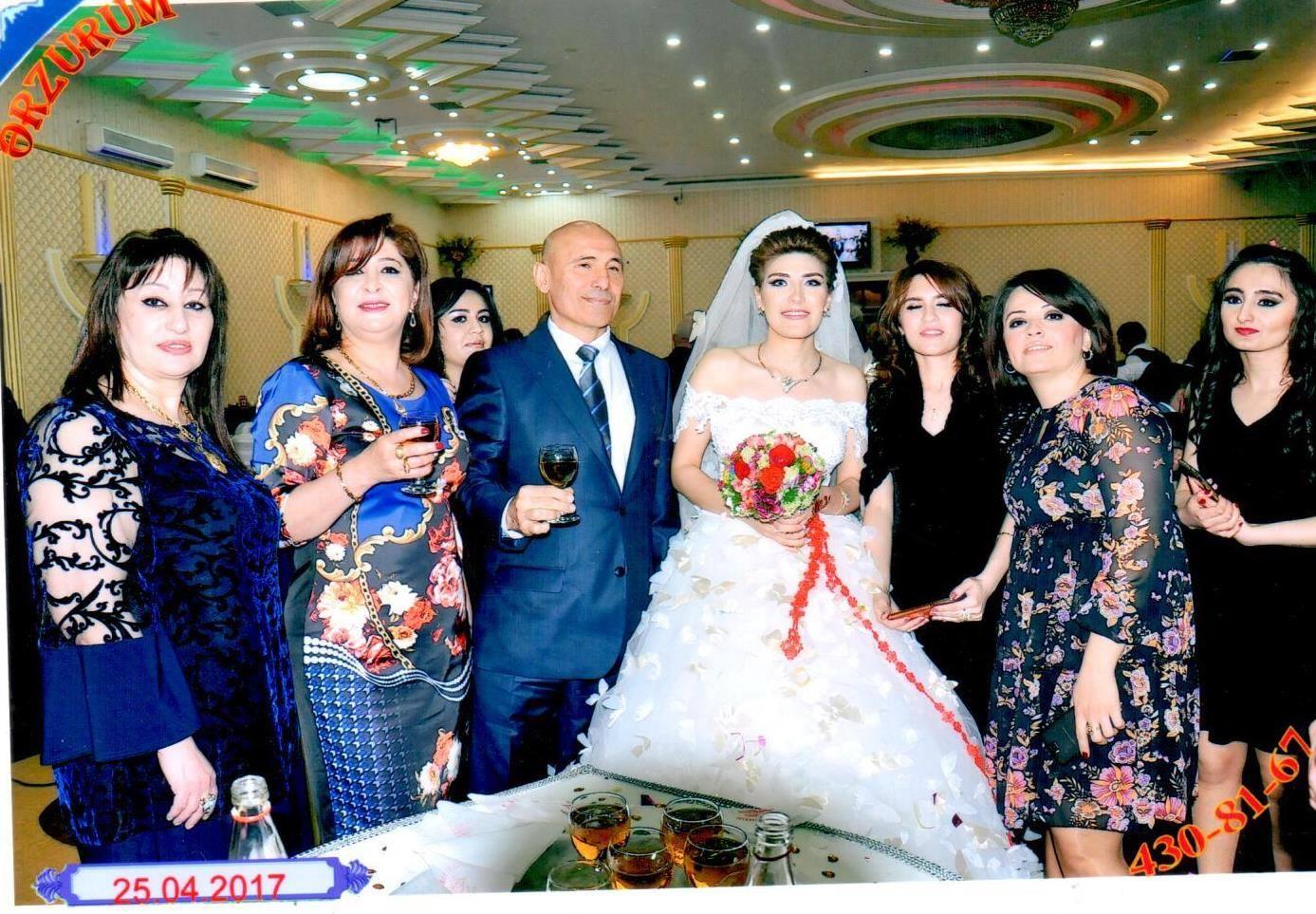 Özündən 28 yaş kiçik xanımla evlənən 60 yaşlı polkovnikin toyundan - YENİ FOTOLAR YAYILDI