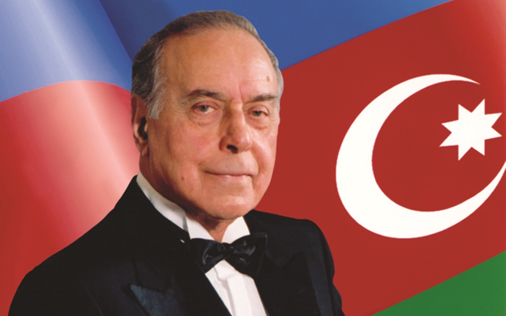 Siyasi varis- tarixi sərkərdə- İlham Əliyev