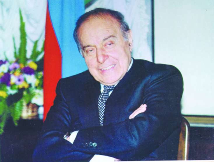 Siyasetde Heyder Eliyev