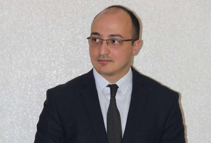 Картинки по запросу Bakı Politoloqlar Klubunun rəhbəri Zaur Məmmədov