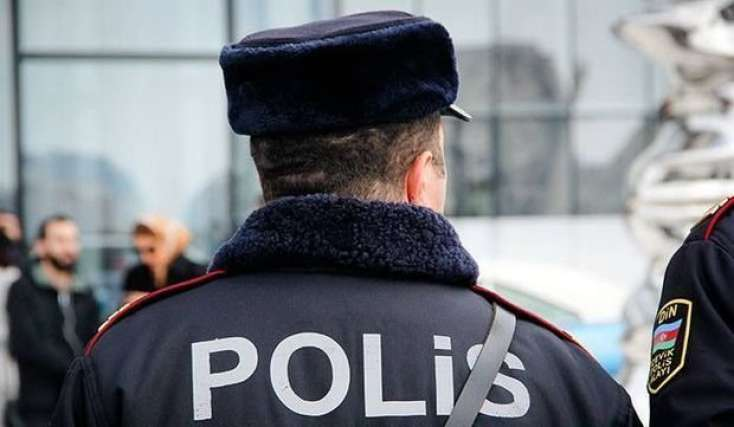 Polis Bakıda futbolçunu soyanları saxladı -