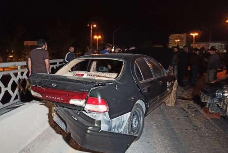 Azərbaycanda dəhşətli qəza: Polis öldü, hərbçi yaralandı - FOTOLAR