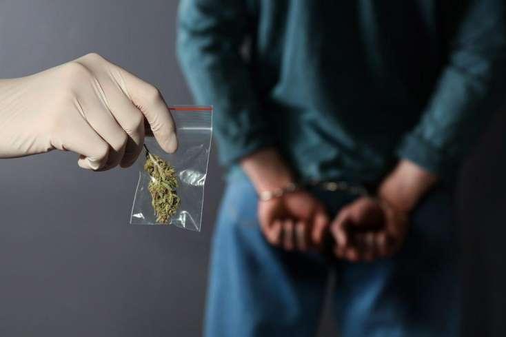Cəlilabadda narkotik satan dəstə üzvləri saxlanıldı