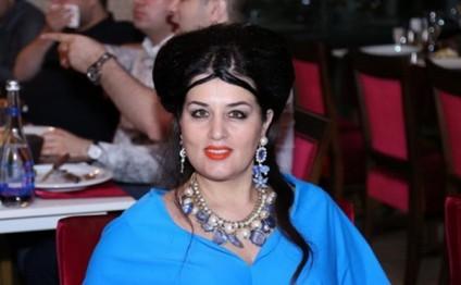 Elza Seyidcahandan