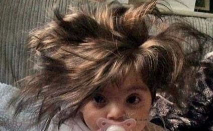 Bu uşağın saçları hamını heyran edir... - FOTOLAR