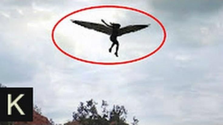 Bu görüntülər dünyanı heyrətə saldı - Mələklər məscidə toplaşdı / VİDEO