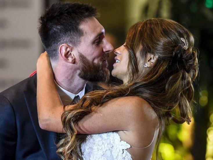 Dünya bu toydan danışır, Messi evləndi...