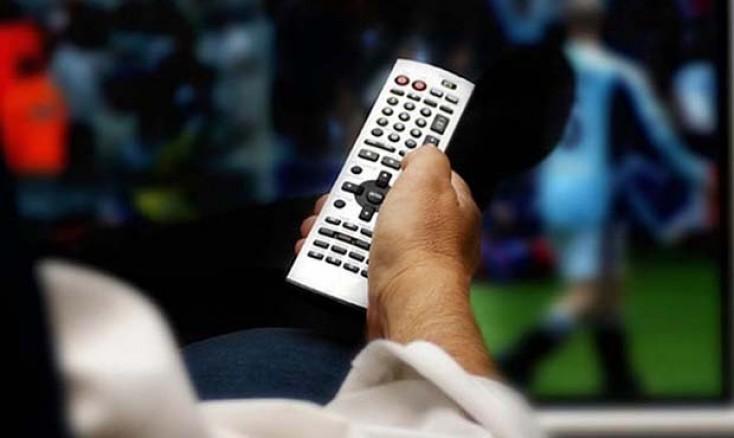 Fasiləsiz televizor izləmək xəstəlik yaradır - DİQQƏT