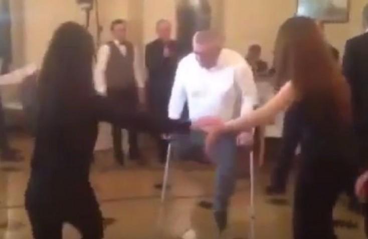 Qarabağ qazisindən möhtəşəm rəqs - VİDEO