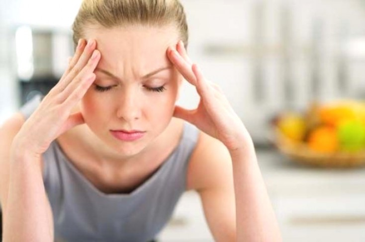 Baş ağrısını 2 dəqiqəyə yox edir - XALQ TƏBABƏTİ