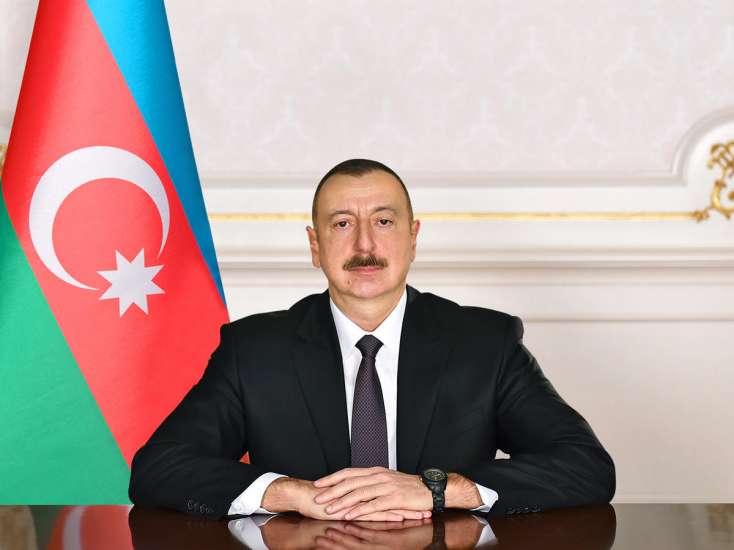 Prezident İlham Əliyev misirli həmkarını təbrik edib