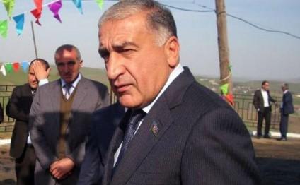 """İqbal Məmmədovun """"mənzil qalmaqalı"""" böyüyür - Prezidentə şikayət olundu"""