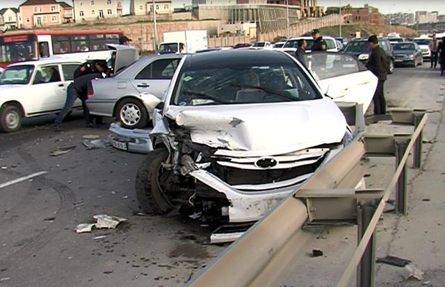 Ötən gün yol qəzalarında 2 nəfər ölüb
