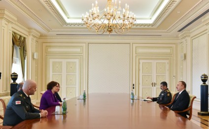 President Aliyev receives Georgian defence minister