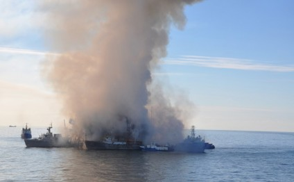 Chief engineer explains reason for oil platform fire outbreak in Caspian