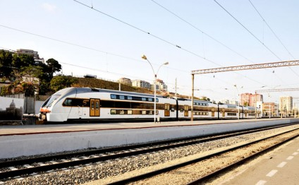Stadler to deliver two more high-speed electric trains to Baku
