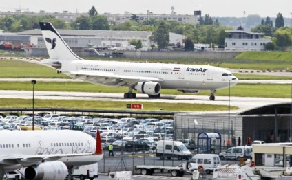 Iran to buy 10 passenger airplanes